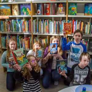 Luku-urakka käynnistyi. Jokainen lapsiraatilainen lukee finaaliin päässeet kuusi kirjaa.