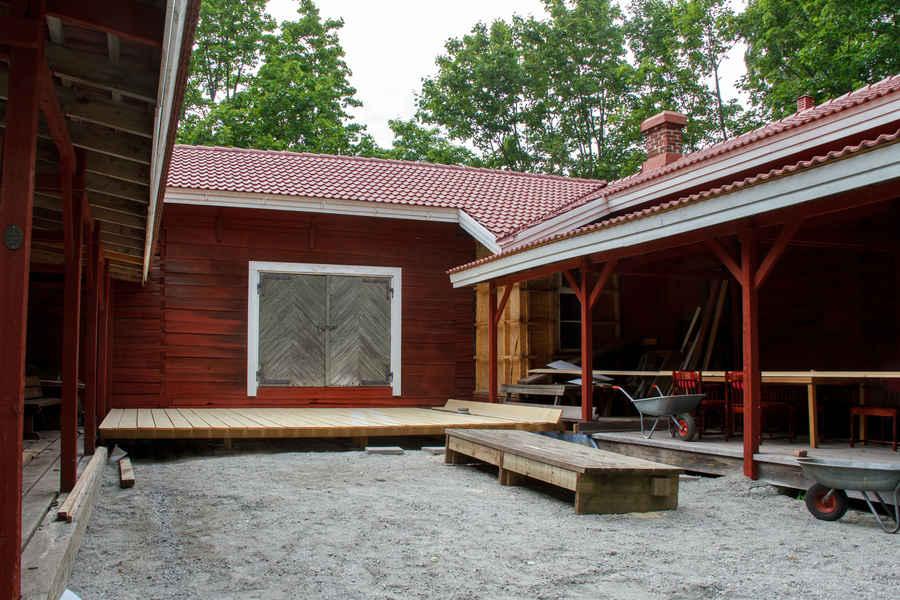 Såltin-Arena valmistuu Dekkarit-festivaalien keskeiseksi tapahtumapaikaksi kirjallisuuspiireille, paneelikeskusteluille ja iltatapahtumille.